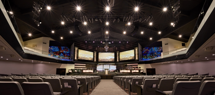 Crossgates Baptist Church Finds Design Flexibility with Chroma-Q Inspire