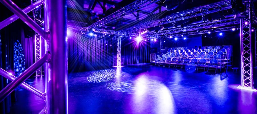 Chroma-Q Color One 100X LED PARs Provide Colourful Wash Lighting for Sheffield Hallam University