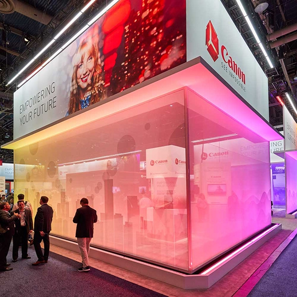 Fine Design Associates Rely on Color Force II for Exhibit Lighting
